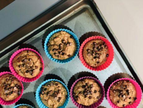 Bezlepkové ořechové muffiny s čokoládou