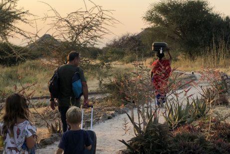 Noc vsavaně ujezera Manyara - nezapomenutený zážitek vTanzánii