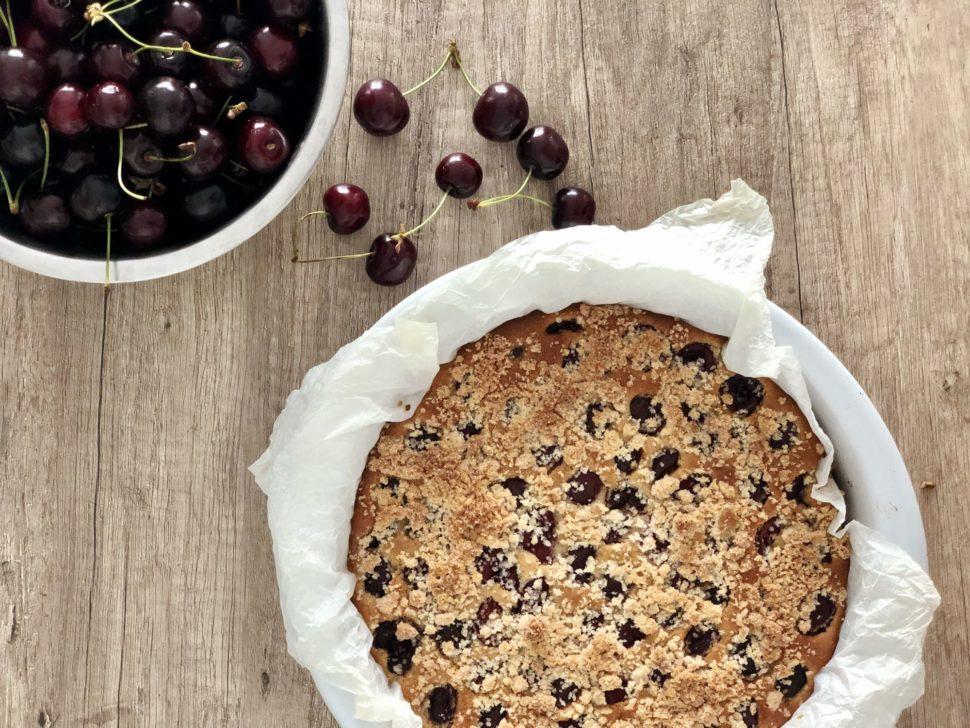 Skvělý bezlepkový mandlovo-třešňový koláč